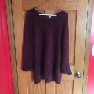 Maroon sweater ❤️